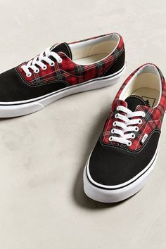 4c2e634597885d Slide View  2  Vans Era Tartan Plaid Sneaker Vans Shop
