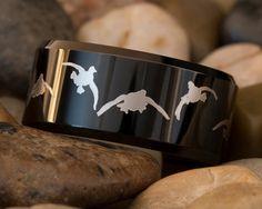 Tungsten Carbide Band 10mm Black Beveled Duck Design Ring