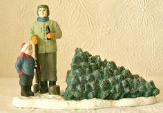 Coca Cola Town Square Figurine CUTTING DOWN THE TREE  1997 Christmas #CocaColaTownSquare