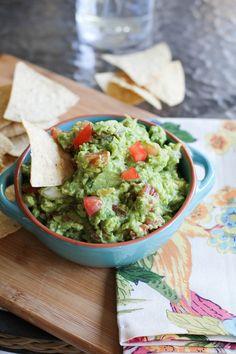 The best guacamole recipe ever! | http://www.theroastedroot.net