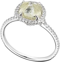 Classic engagement ring | Diamond in the Rough. Love this idea!! Elegant yet earthy <3