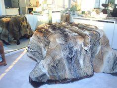 Fur Bedding, Bed In Closet, Fur Accessories, Fur Blanket, Fur Throw, Soft Blankets, Fur Fashion, Fur Coat, Interior Design