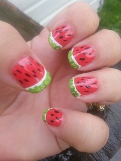Day 23 in 31 Days of Summer Nail Art