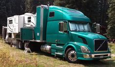 Volvo 670 Conversion Truck Camper Rig, https://www.truckcampermagazine.com/off-road/extreme-rigs/the-fox-and-the-semi/