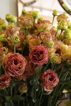 Unique 'cinnamon' colored lisianthus for a brush of color at the reception