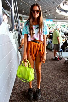 Another really pretty bright coloured outfit I adore <3