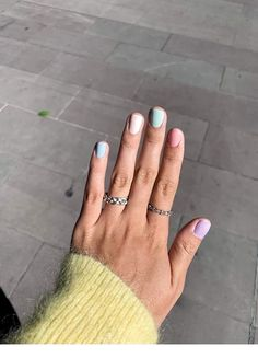 If you like pastel nails and nail designs, if you choose to have beautiful hands, this is your place. Here you can see the best designs and pastel nails to get ideas. Cute Acrylic Nails, Fun Nails, Pretty Nails, Mauve Nails, Pastel Nails, Colorful Nails, Art Pastel, Gradient Nails, Rainbow Nails