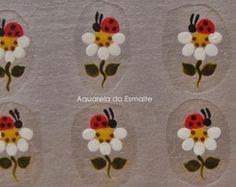 Adesivo de Unha Artesanal Nail Polish Art, Flower Nails, Manicure And Pedicure, Ladybug, Nail Art Designs, Photos, Flowers, Chic Nails, Pretty Nails
