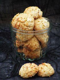 Kardamonos-narancsos mogyorós keksz Small Cake, Cauliflower, Biscuits, Muffins, Sweets, Sugar, Cookies, Baking, Vegetables