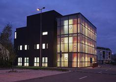 Építész műteremház - Győr - Hazai középületek