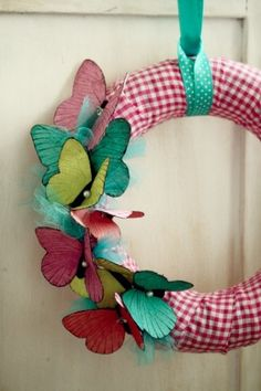 Make DIY WREATHS (20 Great Ideas) - Craftionary