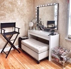 Makeup room. Get inspired & see more amazing Beauty Room Designs at http://thebeautyroom.abeautyfulworld.com/