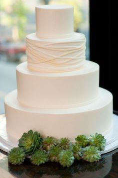 Simple white cake with succulents first communion cake pastel para primera comunion