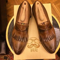 Handmade men tan loafer shoes, moccasin style shoes with fringes, western shoes Tan Loafers, Penny Loafers, Brogues, Men's Shoes, Shoe Boots, Dress Shoes, Dress Clothes, Shoes Men, Shoes Style