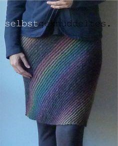 selbstgeknüddeltes.: Strickrock Lanesplitter; skirt; knitting; Knitty