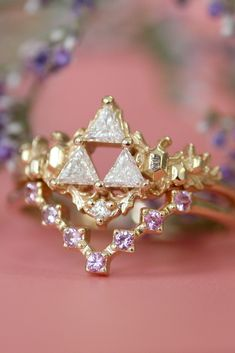 I feel like Princess Zelda would wear this ring stack! The Goddesses' Relic Ring and the Super Pixel Arrow Ring of Wisdom <3