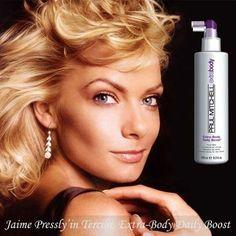 Jaime Pressly, saçına yoğunluk ve hacim veren 'Extra-Body Daily Boost'u tercih ediyor!