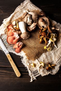 mushrooms remind me of hobbits and gnomes and visiting Scandinavia when I was Food Photography Styling, Food Styling, Wild Mushrooms, Stuffed Mushrooms, Growing Mushrooms, Food Art, A Food, Mushroom Fungi, Wild Edibles