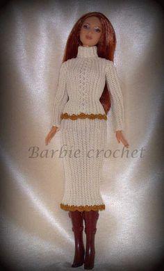 He encontrado este interesante anuncio de Etsy en https://www.etsy.com/es/listing/199745438/cream-crochet-dress-for-barbie