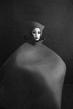 Metamorphosis, 2012 by Japanese Photographer, Sayaka Maruyama. Beauty Photography, Fine Art Photography, Fashion Photography, Fashion Art, Editorial Fashion, Funky Fashion, Punk, Human Art, Shades Of Black