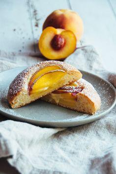 Brown Butter and Peach Brioche Bun | Hint of Vanilla
