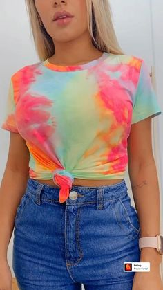 Diy Fashion Hacks, Fashion Outfits, Fashion Tips, Shirt Hacks, Diy Clothes, Clothes For Women, Tie Dye Outfits, Clothing Hacks, T Shirt Diy