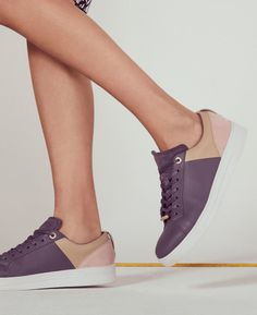 Lace-up colour block sneakers