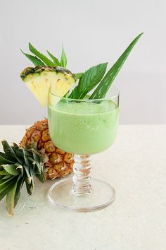 1 cup spinach  ¼ cup fresh mint  1 cup pineapple, frozen  2 tablespoons aloe vera juice, or a 2 inch fillet straight from the plant  2 teaspoons honey  ½ inch fresh ginger, peeled and minced  ¼ teaspoon tumeric powder  1 lime, peeled  ¾ cup coconut water  http://ascensionkitchen.com/post-easter-de-bloat-smoothie/