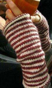 Polaina de mão em tricô