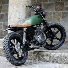 motomood — Honda CB250 Bullitt Garage