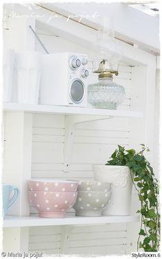 astiat,kesäkeittiö,koriste-esineet,ruokailuvälineet,pihakeittiö