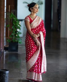 Indian Wedding Wear, Indian Bridal Outfits, Saree Wedding, Bridal Dresses, India Wedding, Bridal Lehenga, Indian Wear, Bridal Looks, Bridal Style