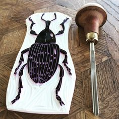 Closeup of the carving. #viktoriaastrom #carve #craft #handmade #insect #beetle