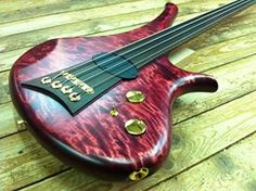 Marleaux Diva 4-string Fretless Bass Guitar