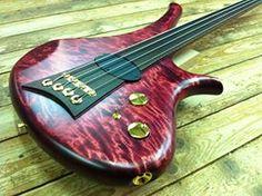 Marleaux Diva 4-string Fretless Bass Guitar