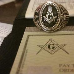 Masonic ring and masonic checks