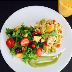 "212 Me gusta, 5 comentarios - ShredderGang (@shreddergang) en Instagram: ""He a l t h y • b r e a k f a s t - eggs, veggie salad and cantaloupe mango smoothie . . .via:…"""