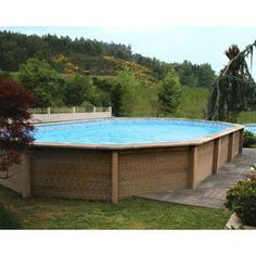 Piscine en béton aspect bois 7,77x4,74x1,43m NATURALIS 3 - Kit complet avec filtration - Maison Facile : www.maison-facile.com