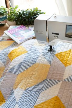 Best machine quilting books you can buy to help build your quilting skills and allow you to sew on your sewing machine at home!