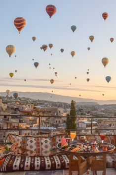 This enchanting hotel is situated high on the top of Aydinli Hill, which is the highest point in the town of Goreme, giving you the best view of the balloons. Capadocia, Istanbul Travel, Travel Photos, Travel Ideas, Travel Guide, Travel Inspiration, Just Dream, Travel Wall, Beautiful Places To Travel