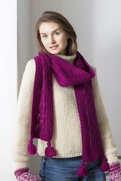 Novita scarf patterns, scarf made with Novita Nordic Wool yarn #novitaknits #knitting #knits https://www.novitaknits.com/en