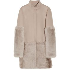 Halston Toscana shearling-trimmed coat (4.090 BRL) ❤ liked on Polyvore featuring outerwear, coats, jackets, fur, tops, halston coat, halston, beige coat, fur coat and long sleeve coat