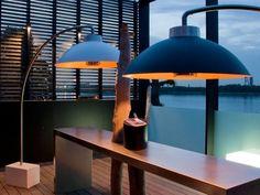 Dome = lamp en terrasverwarmer in 1 van het Antwerpse bedrijf Heatsail -outdoordesignverlichting mét infrarood terrasverwarmer. Licht en warmte dus!