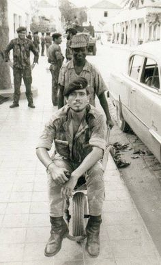 A Portuguese Fuzileiro during the Portuguese Colonial War, Angola 1969