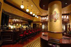 Casa Fuente Cigar Lounge at Caesar's Palace Cigar Art, Caesars Palace, Cigar Room, Beautiful Space, My Happy Place, Cigars, Life Is Good, Las Vegas, Smoke