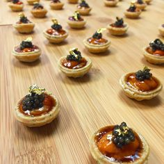 Canapés Time ... Uni & Caviar Seaweed Tartlets ... #photooftheday #instafood #instagood #instadaily #food #foodies #finedining #cocktail #canapes #urchin #seaurchin #uni #japan #japanese #caviar #petrossian #colorful #hk #hkig #hkigers #hongkong #boomboom #laclasseadallas #chef #crispy #cawliflower #miam #mobarhk by bbrial
