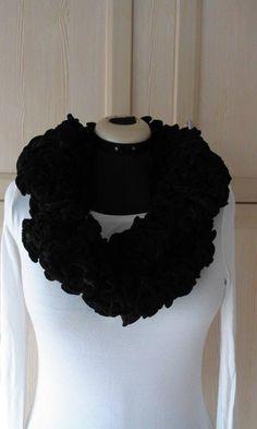 1a1d1e725d7a 27 best Echarpes et foulards à la vente images on Pinterest ...