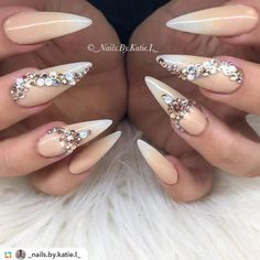 37.5k Followers, 619 Following, 810 Posts - See Instagram photos and videos from @weddingnails_inspiration