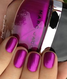 Marc jacobs in oui beauty nails, nail polish trends, nail polish colors. Get Nails, Fancy Nails, Love Nails, How To Do Nails, Hair And Nails, Fabulous Nails, Gorgeous Nails, Pretty Nails, French Nails Glitter