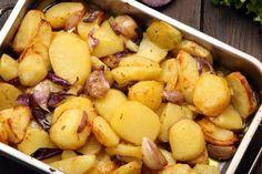 Zemiaky pečené s cibuľou a cesnakom - Recept pre každého kuchára, množstvo receptov pre pečenie a varenie. Recepty pre chutný život. Slovenské jedlá a medzinárodná kuchyňa Pretzel Bites, Potatoes, Bread, Vegetables, Food, Potato, Brot, Essen, Vegetable Recipes